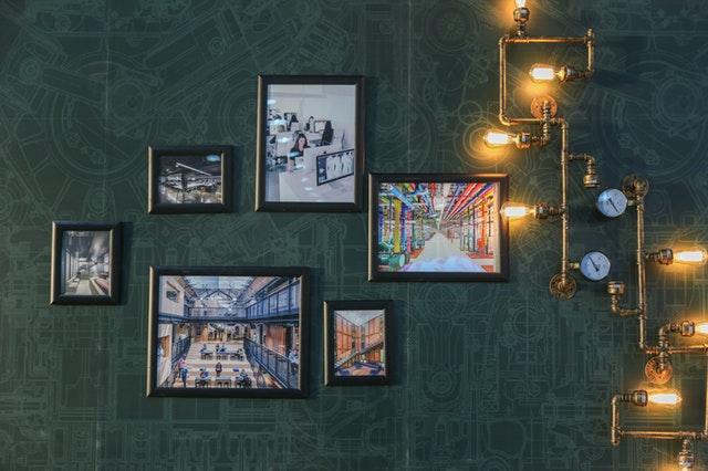 Tilfør nemt hjemmet personlighed med smukke billeder til væggene